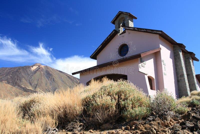 kościelny pobliski wulkan zdjęcia royalty free