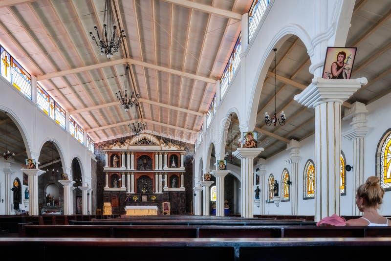 Kościelny wnętrze przy San Juan losem angeles Laguna w Gwatemala zdjęcia stock
