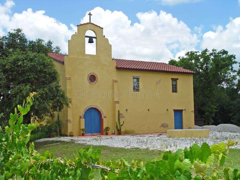Download Kościelna starej misji obraz stock. Obraz złożonej z vino - 139009
