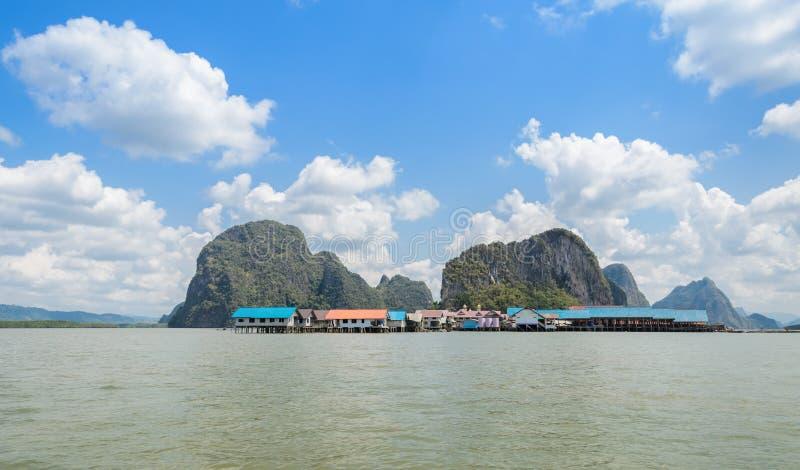 Ko Panyi of Koh Panyee, drijvend visserijdorp royalty-vrije stock foto's