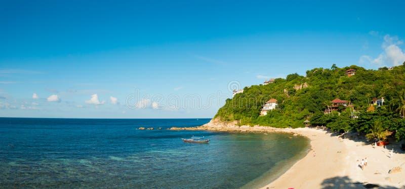 Ko Tao strandpanorama royaltyfri foto