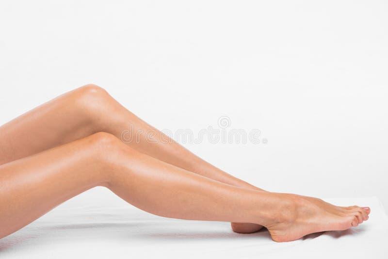 Kobiet gładkie silky nogi obraz stock