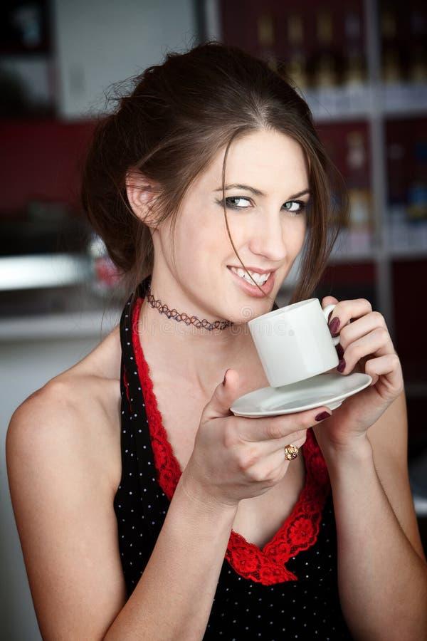 kobiet kawowi ładni smaczni potomstwa zdjęcie royalty free