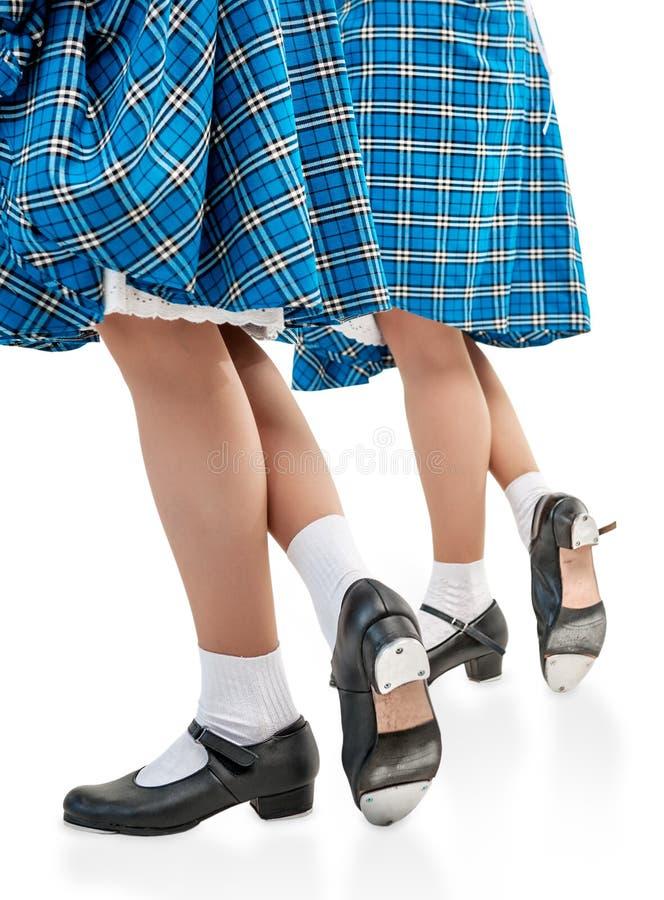 Kobiet nogi w butach dla Szkockiego tana obrazy stock
