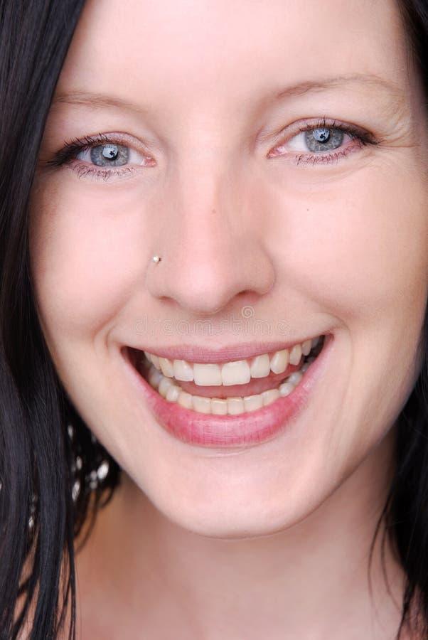 Download Kobiet piękni potomstwa zdjęcie stock. Obraz złożonej z szczęśliwy - 13329126