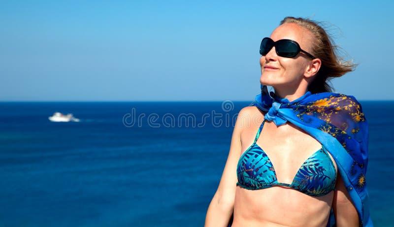 kobiet plażowi potomstwa obrazy stock