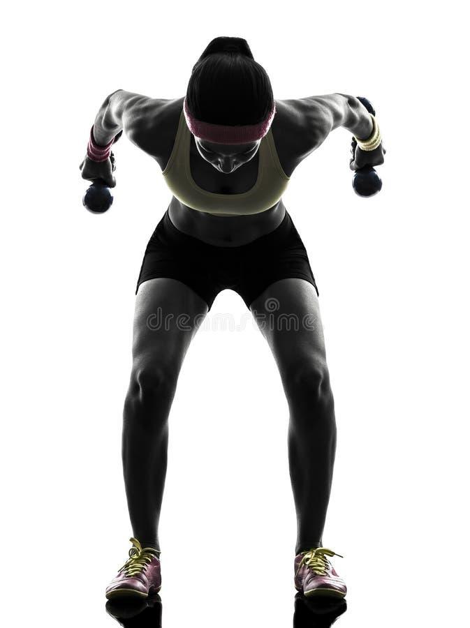 Kobieta ćwiczy sprawność fizyczna treningu ciężaru stażową sylwetkę obrazy royalty free