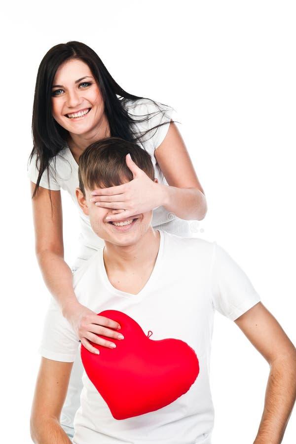 Download Kobieta Daje Mężczyzna Sercu Obraz Stock - Obraz złożonej z datowanie, podniecenie: 28966985