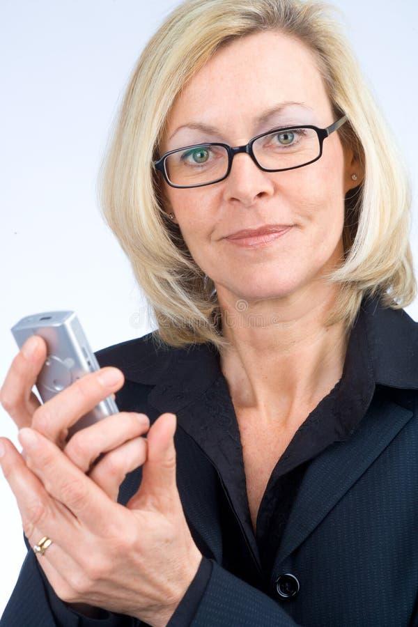 kobieta dzwoni jednostek gospodarczych zdjęcie royalty free