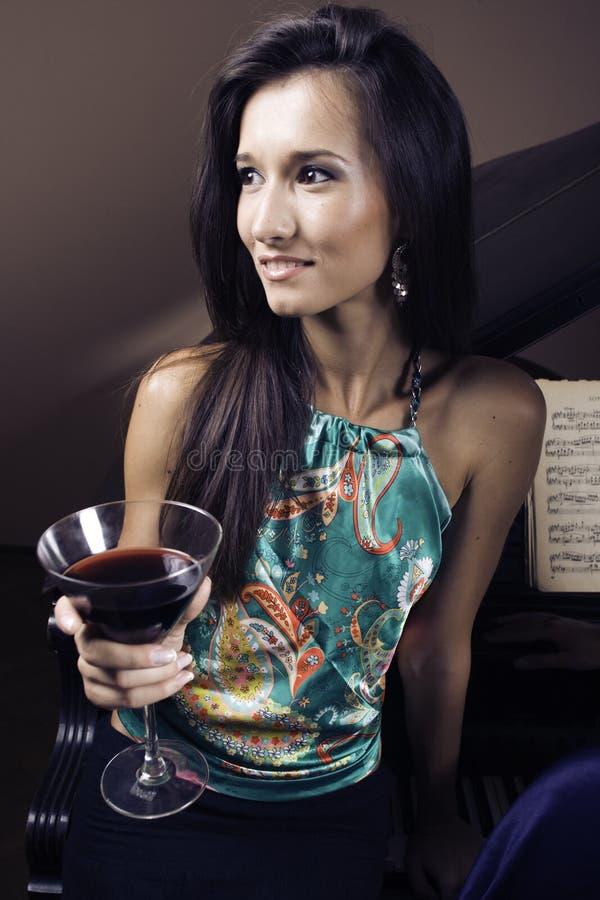 kobieta fortepianowa zdjęcia royalty free