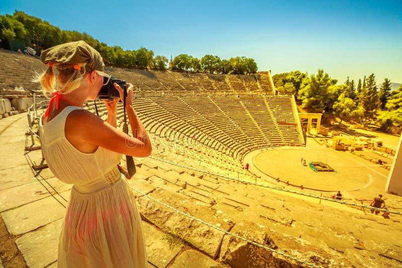 Kobieta fotograf w Europa fotografia royalty free
