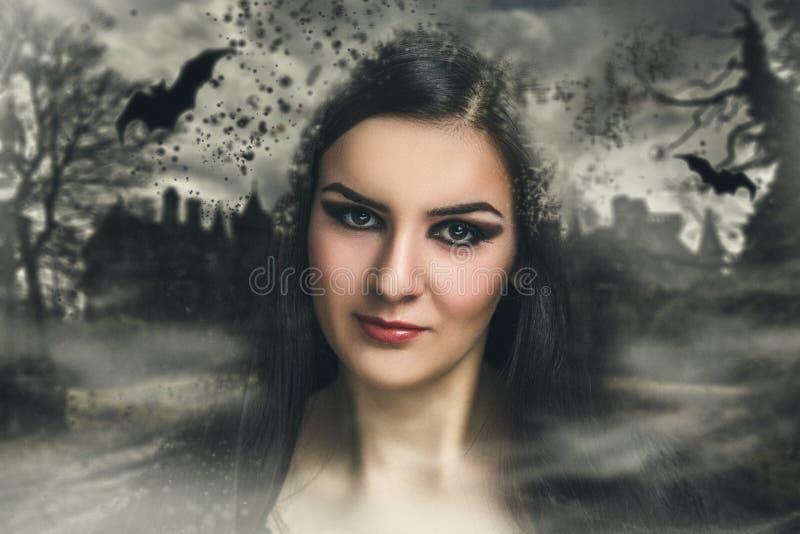 Kobieta Halloween uzupełniał zdjęcia royalty free