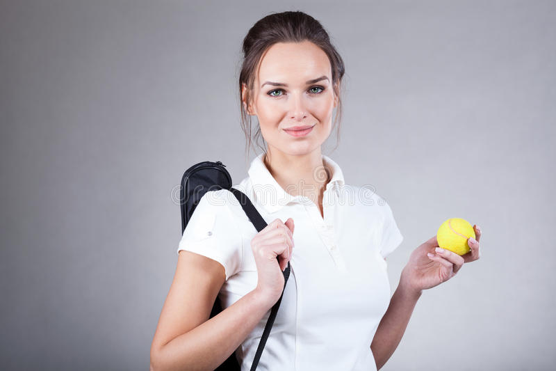 Kobieta iść na tenisa dopasowaniu zdjęcie royalty free
