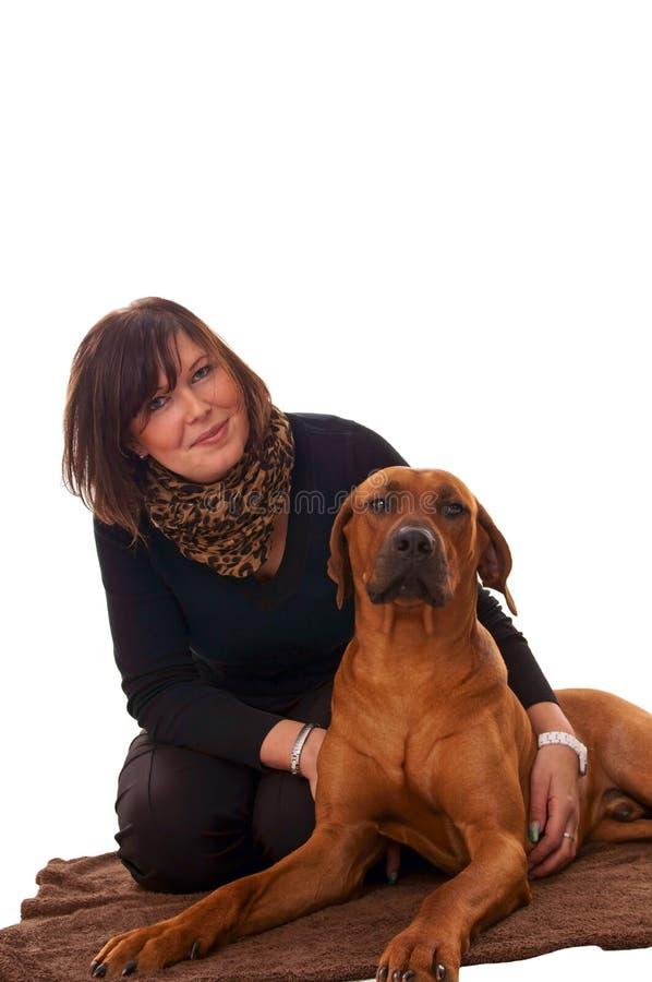 Download Kobieta i pies obraz stock. Obraz złożonej z ostrzeżenie - 28970063