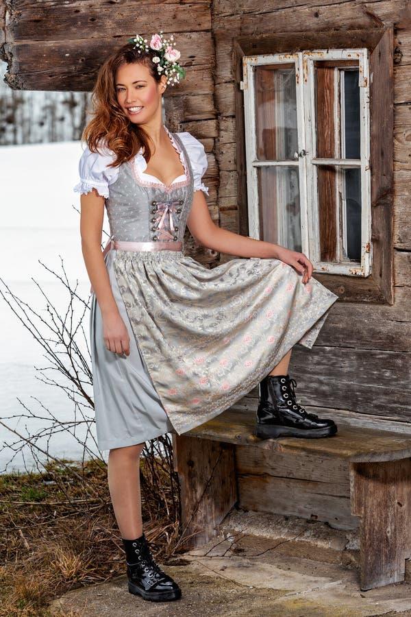 Kobieta jest grzechem alpejskim zdjęcie royalty free