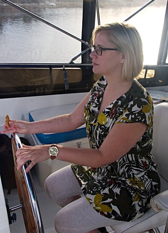 Kobieta kapitan statek zdjęcie royalty free