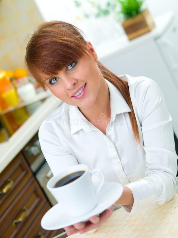 kobieta kuchennych fotografia stock