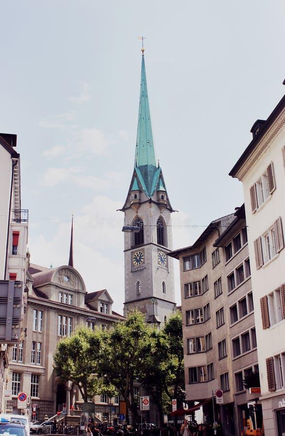 Kobieta ministra opactwo w Zurich zdjęcie royalty free