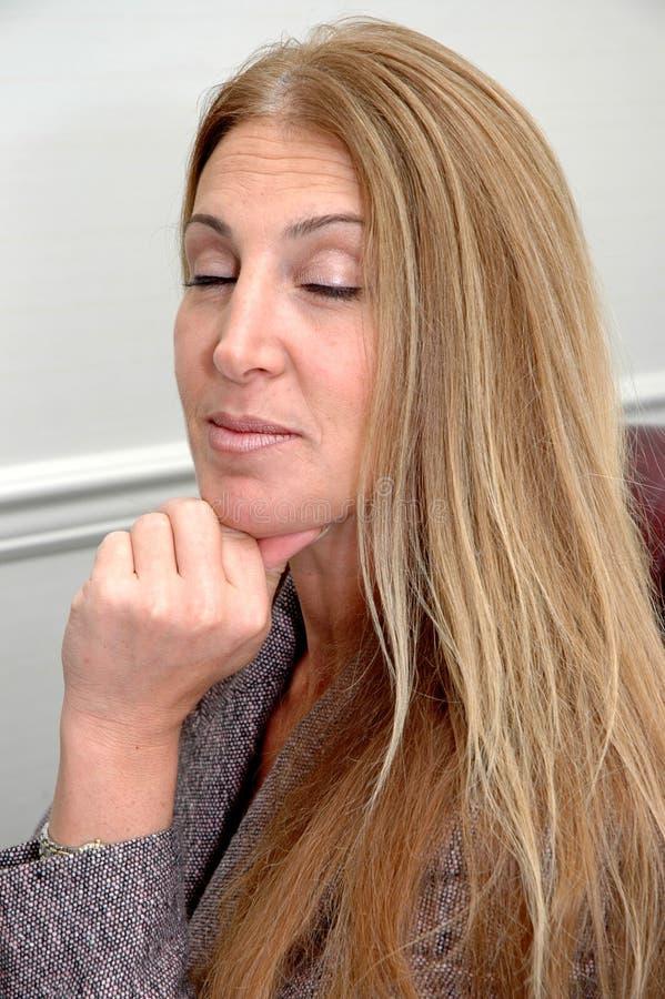 kobieta postawy zdjęcie royalty free