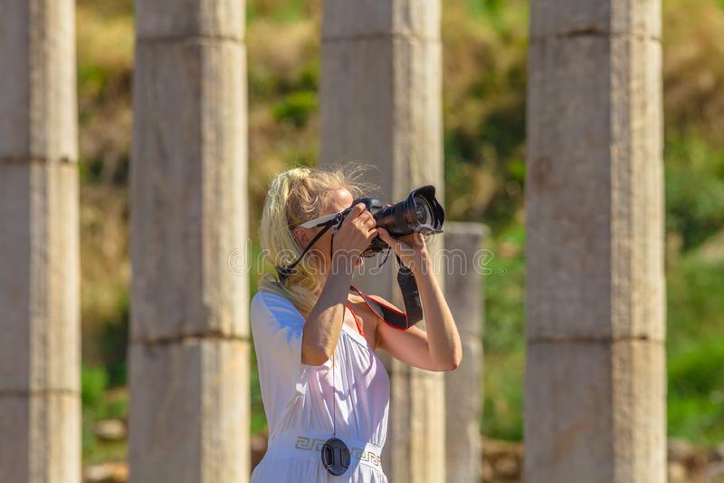 Kobieta profesjonalisty fotograf zdjęcie stock