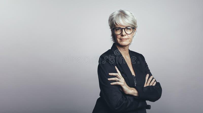 Kobieta przedsiębiorca w formalnym odziewa fotografia royalty free