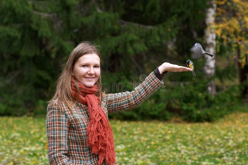 kobieta ptak obrazy royalty free