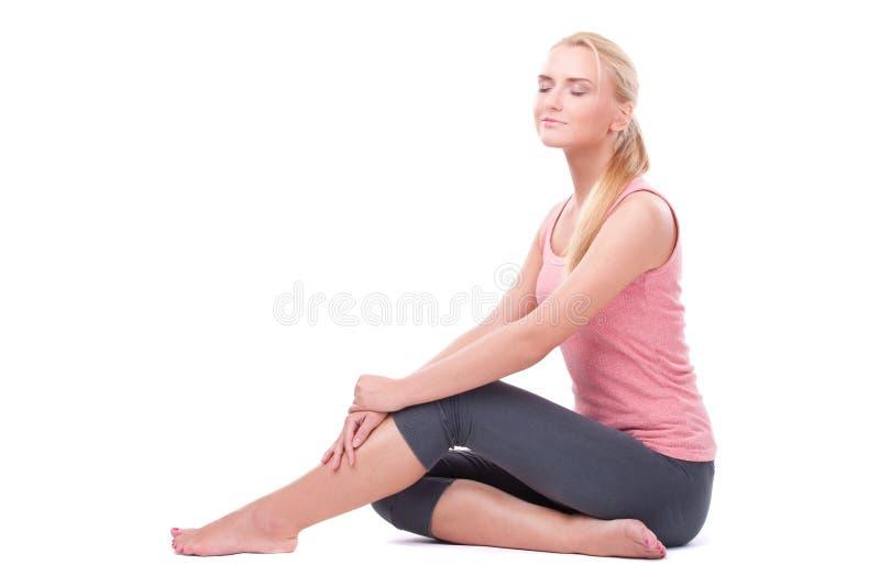 Download Kobieta robi joga zdjęcie stock. Obraz złożonej z kobiety - 28969494