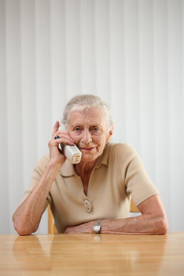 kobieta seniora telefonu obraz stock