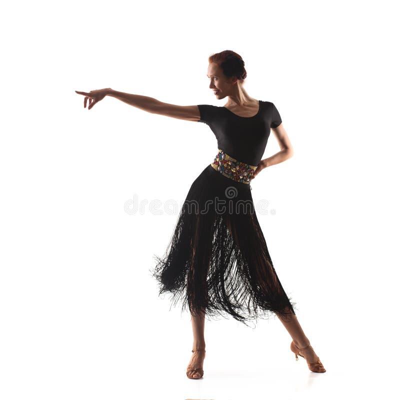 Kobieta tancerz jest ubranym czarną Latina suknię obraz stock
