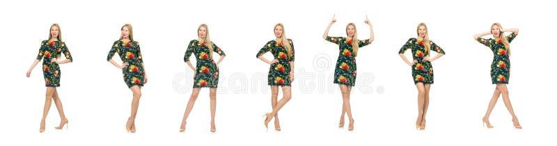 Kobieta w ciemnozielonej kwiecistej sukni odizolowywaj?cej na bielu obrazy royalty free
