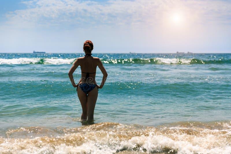 Kobieta W morzu fotografia stock