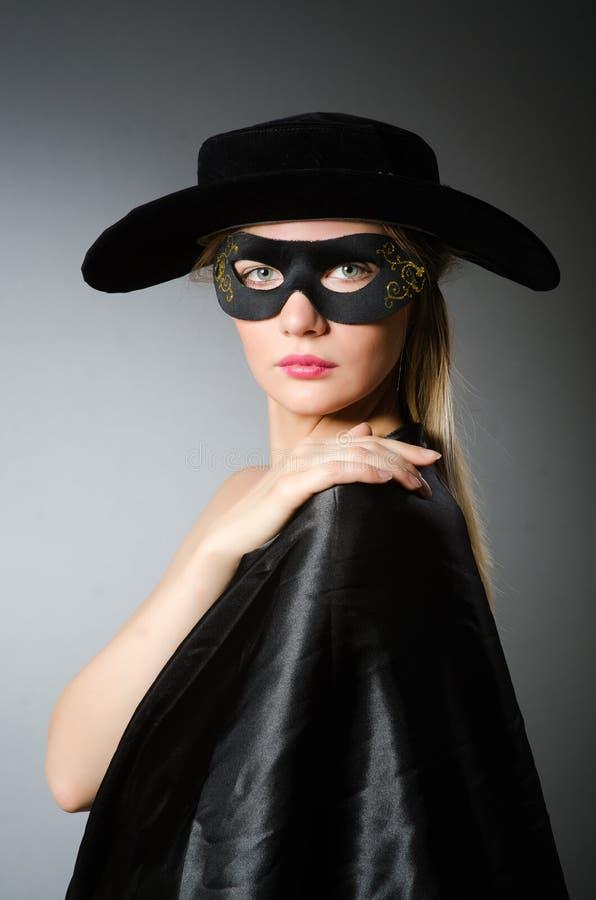 Kobieta w pirata kostiumu zdjęcia stock
