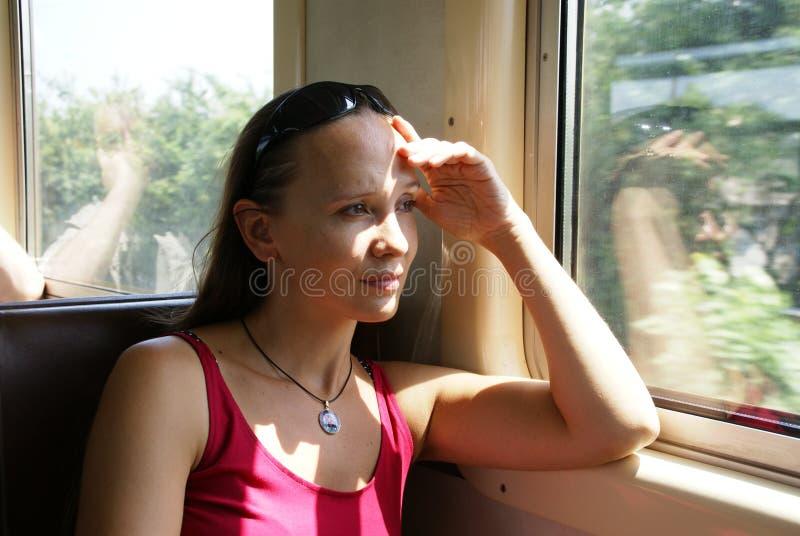 Kobieta w pociągu zdjęcia royalty free