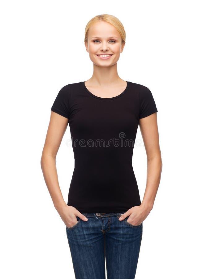 Kobieta w pustej czarnej koszulce zdjęcie royalty free