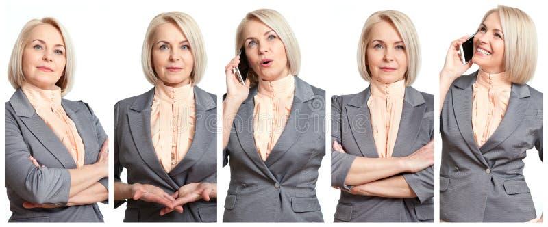 Kobieta w różnym sytuacja kolażu Piękny w średnim wieku bizneswoman w radości opowiada na telefonie komórkowym, poważny, obrazy stock