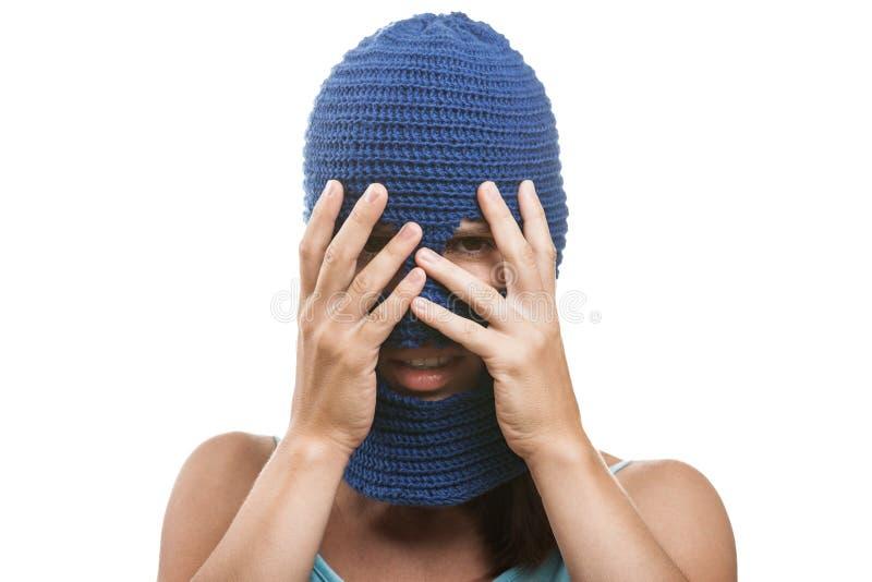 Kobieta w target372_0_ balaclava twarzy