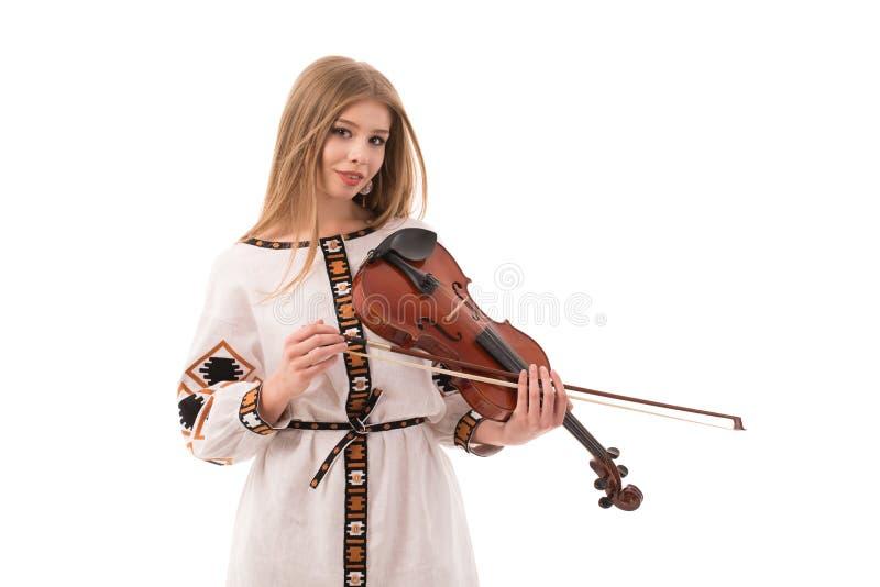 Kobieta w ukraińskim ludowym kostiumu z skrzypce odizolowywającym na białym tle zdjęcia royalty free