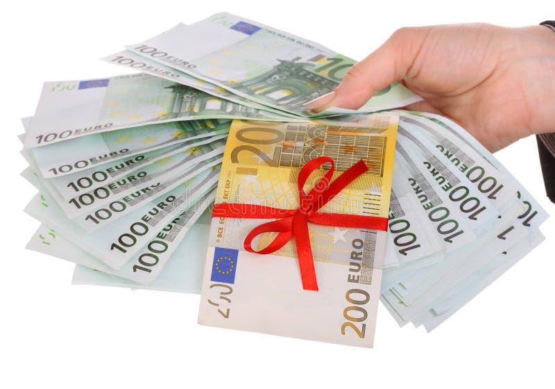 kobieta wręcza pieniądze zdjęcie stock