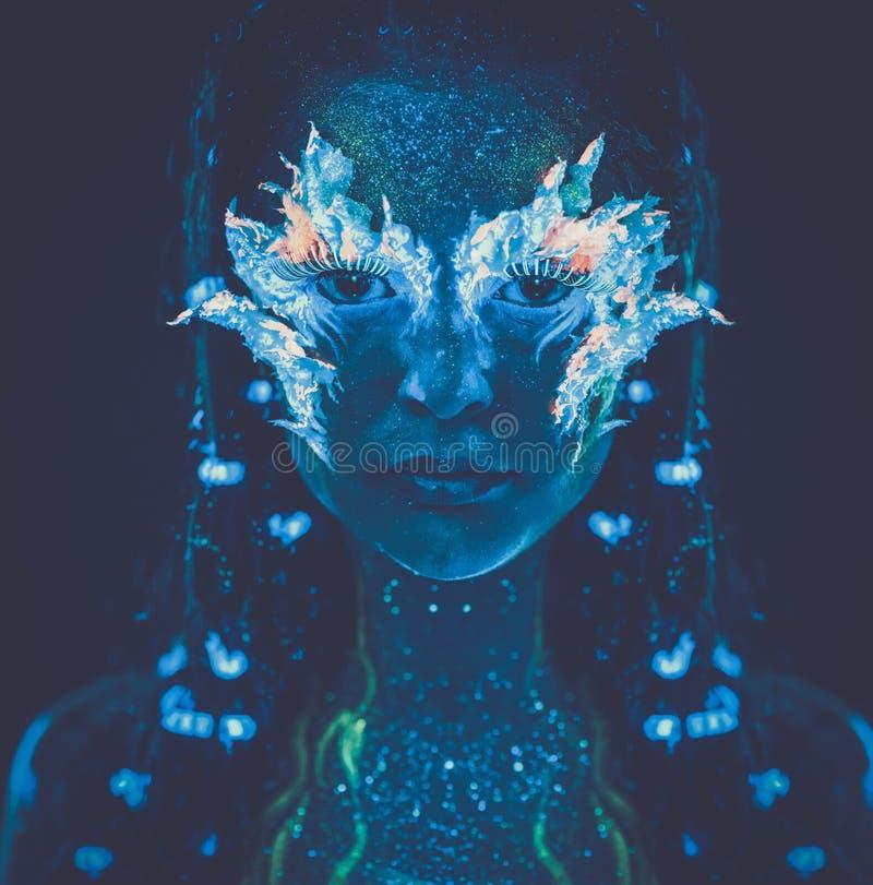 Kobieta z ciało sztuką fotografia stock