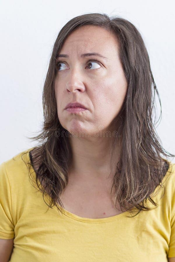 Kobieta z cierpienia wyrażeniem obraz stock