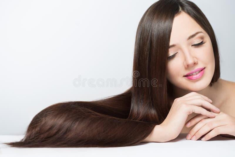 kobieta z długim pięknym włosy fotografia royalty free