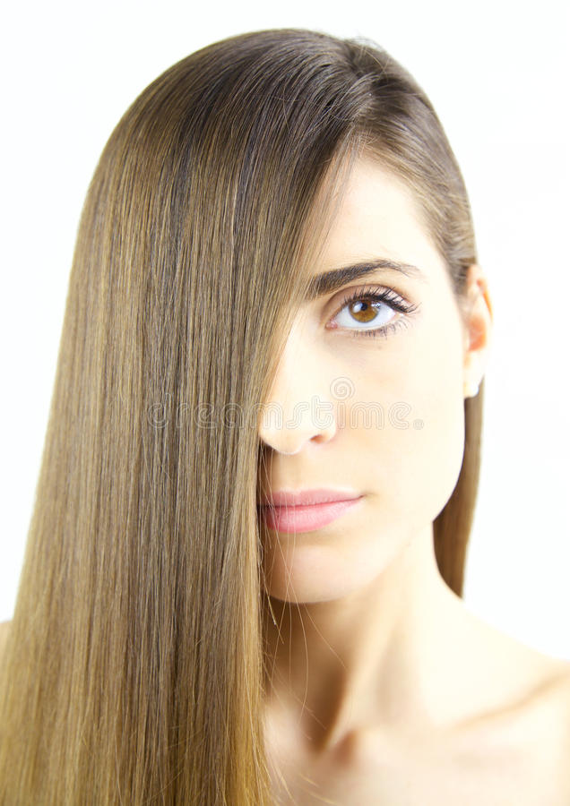 Kobieta z długim silky brown włosy i pięknymi wargami zdjęcia royalty free
