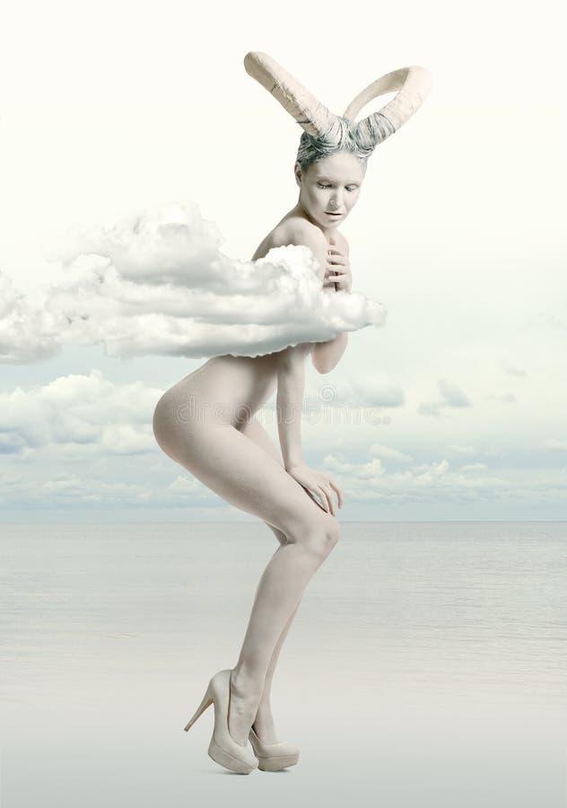 Kobieta z koźlią sztuką obrazy stock