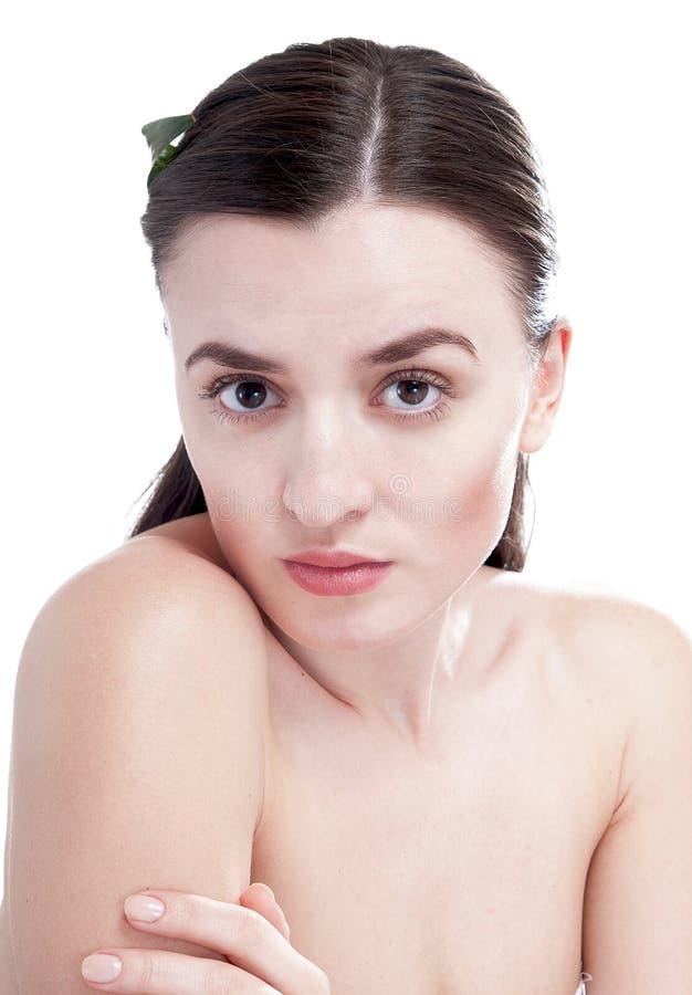 Kobieta z przygotowywającą skórą. zdjęcie royalty free