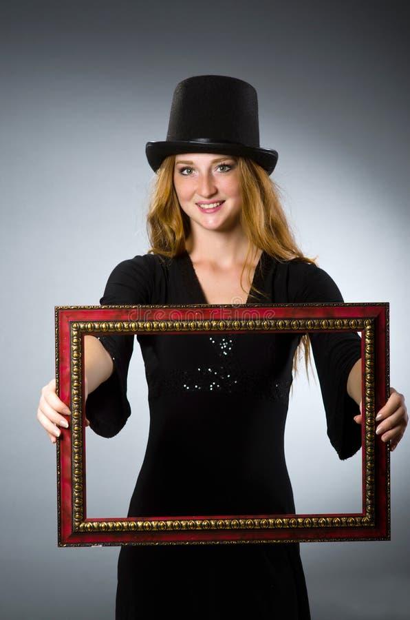 Kobieta z rocznika kapeluszem zdjęcia royalty free