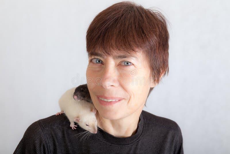 Kobieta z szczurami zdjęcia stock