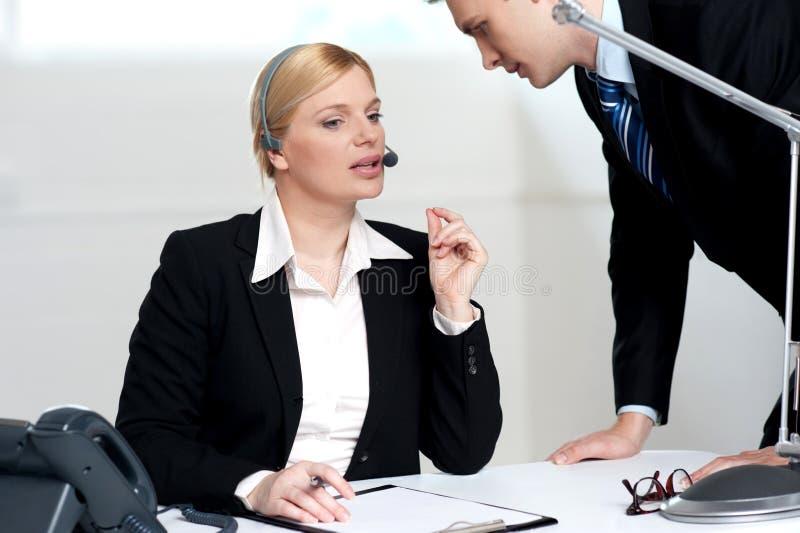 kobiety biznesowy target2390_0_ wykonawczy zagadnienie zdjęcie stock