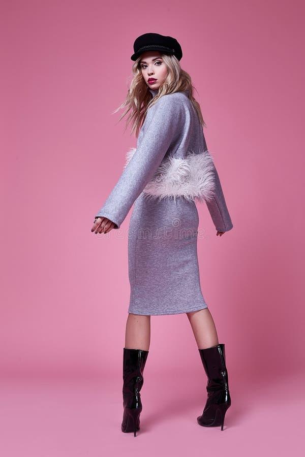 Kobiety damy odzieży mody bizneswomanu kostiumu piękna seksowna suknia fotografia stock