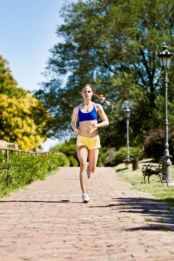 Kobiety jogging zdjęcie royalty free