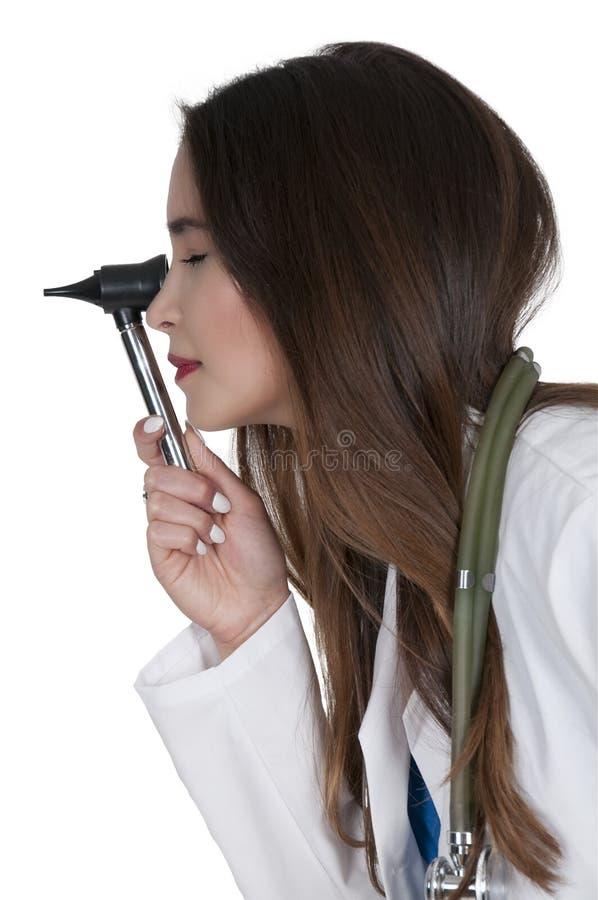 Kobiety lekarka z otoskopem obraz royalty free
